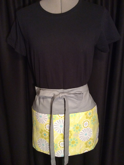 Crafters Apron-yellow/grey floral