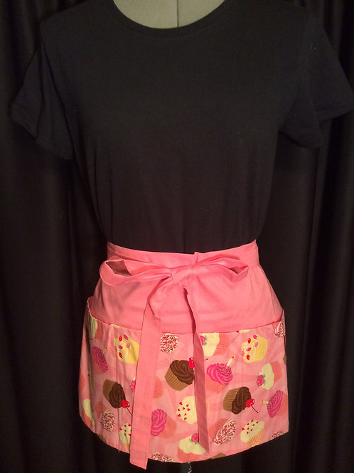 Crafters Apron-cupcakes