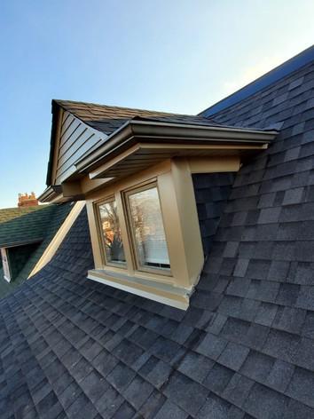 Window aluminum capping
