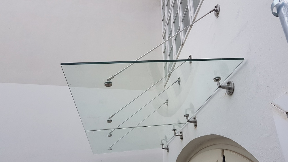 Side view of canopy