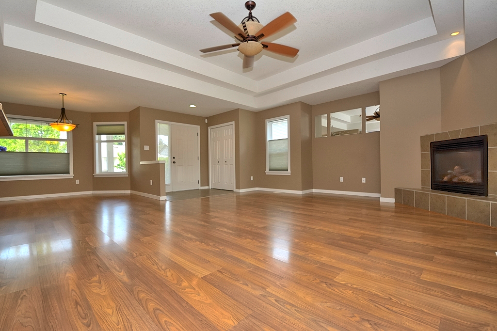 Livingroom diningroom