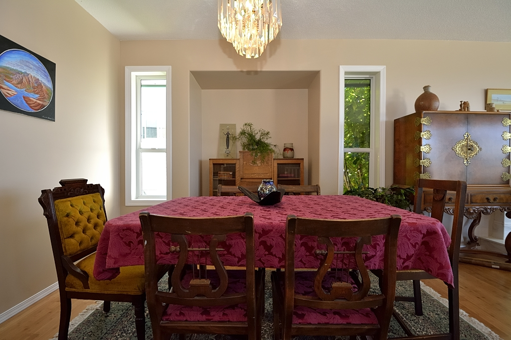 Diningroom 4