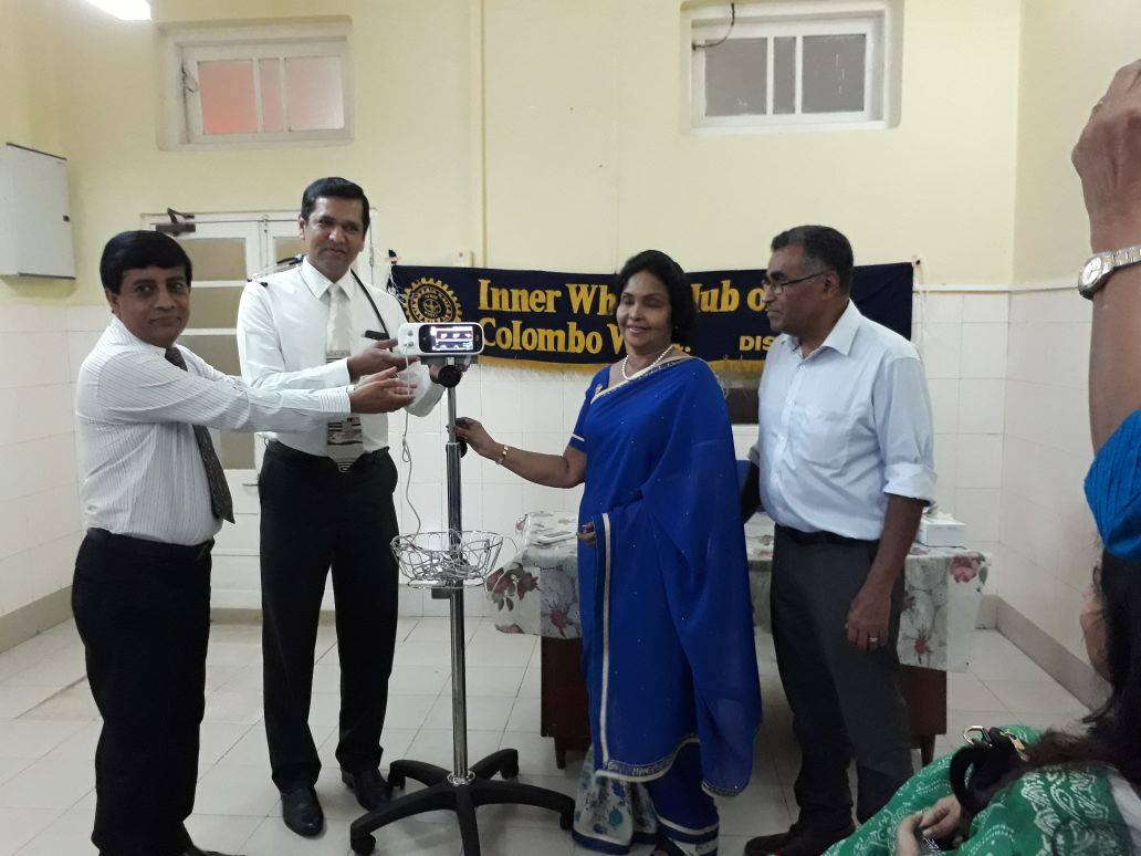 Pulse oximeter donation