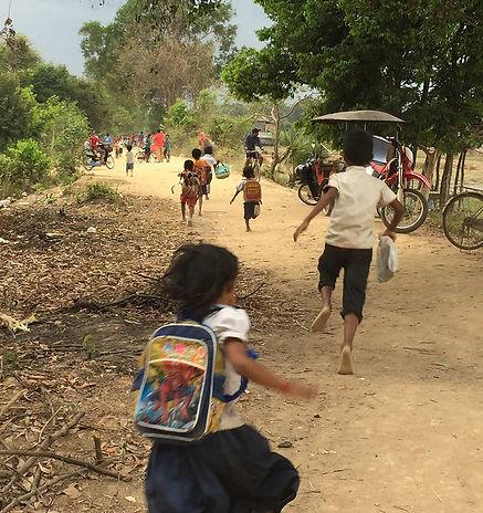 kids-running-to-school.jpg