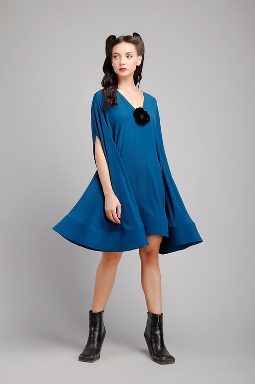 V-neck cape sleeves trapeze dress