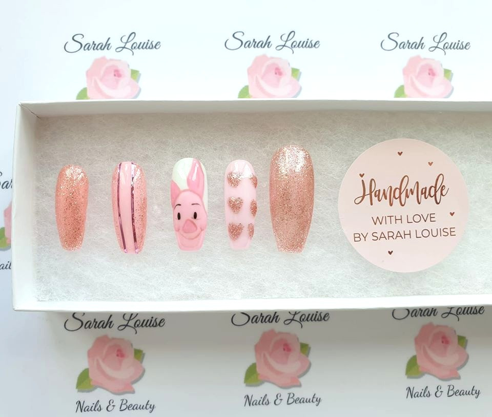 Piglet Hand Painted Character Nails