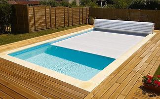 couverture automatique hors sol piscine