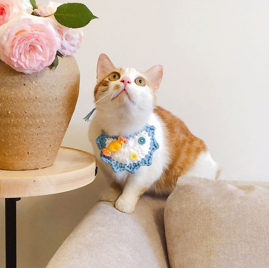 Knitted Bib for Small Pets