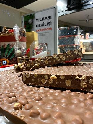 El Yapımı Bol Fındıklı Çikolata