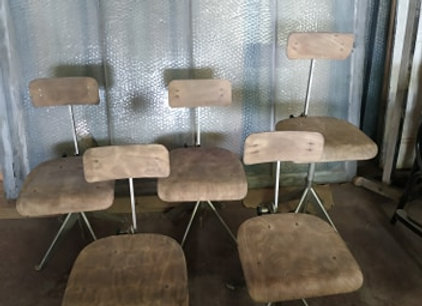 5 chaises T60u Oldenberg Olsen Knoll