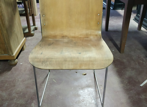 Chaise design marron