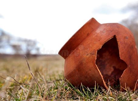 The Treasure in A Clay Pot