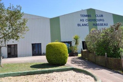 Le Club House (Blanc Ruisseau)