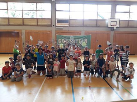 Autohaus Gottstein unterstützt Schulbesuch in Lörrach