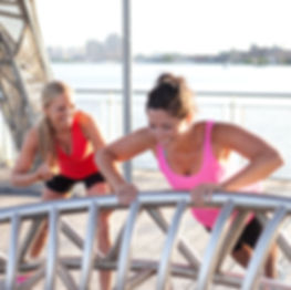 Personal Trainer, Holly Roser training a clent in San Mateo