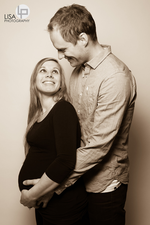 Fotograf Tirol- Babybauchfotografie Kirchberg - Babybauchfotos - Fotograf Kufstein - Lisa Photography - Fotograf Tirol