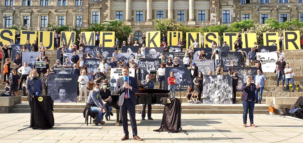01_172753-20-Stumme-Künstler-M.Kretschme