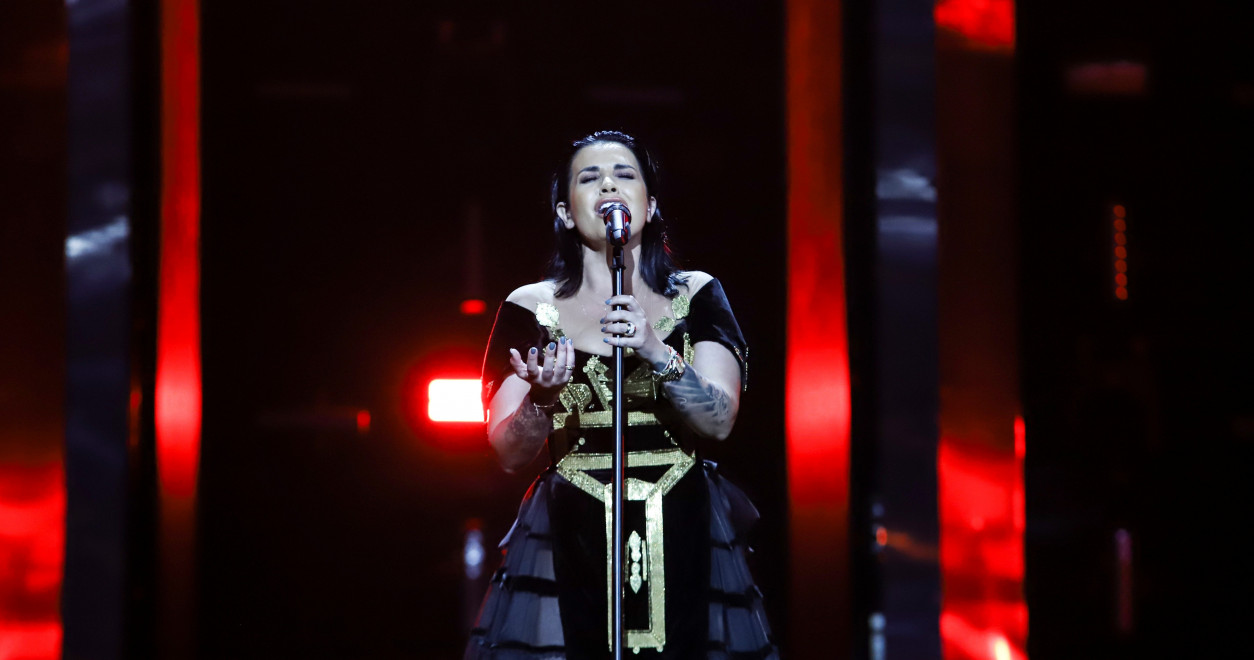 Jonida Maliqi wears a similar dress, designed by Ardi Asllani,  inspired by the Albanian traditional xhubleta.