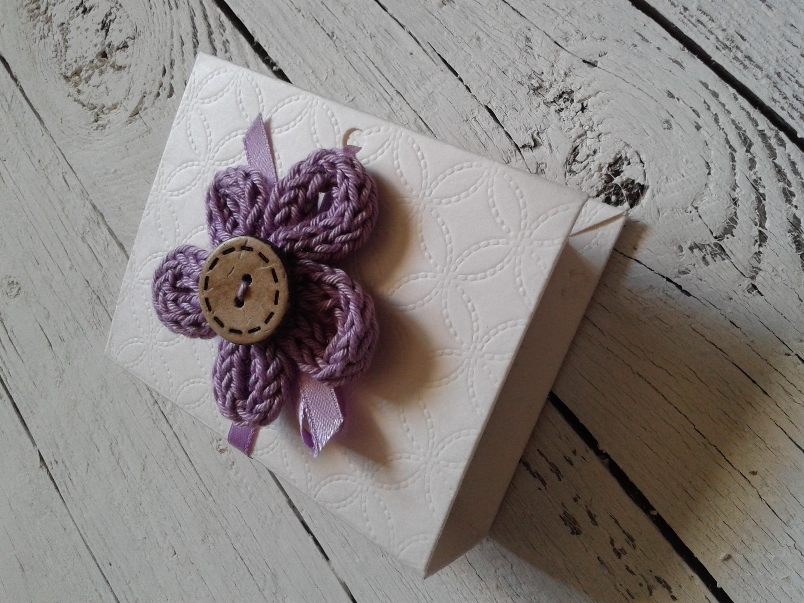 Bomboniera scatoletta fiore