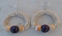 orecchini beige