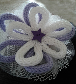 bomboniera fiori tricotin e stella