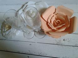 centrotavola con fiori in carta