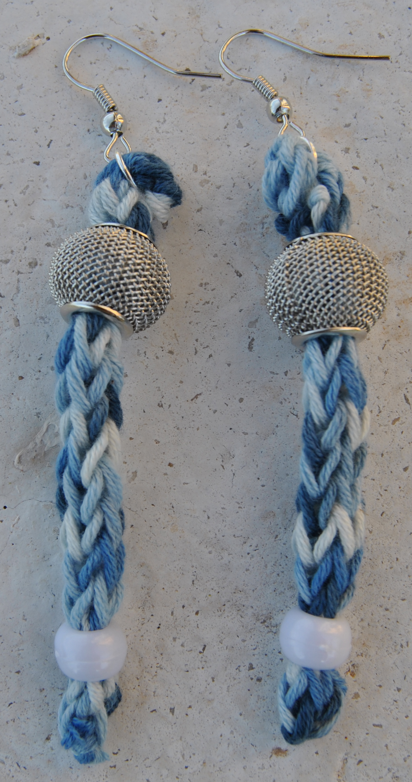 orecchini pendenti sfumature blu