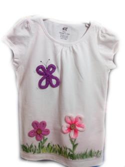 maglietta fiori e farfalla