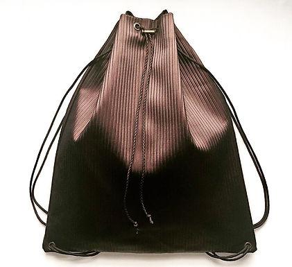 Ribbed Drawstring Bag