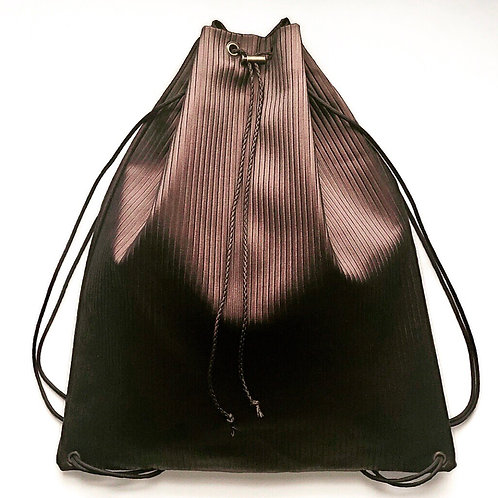 Ribbed Drawstring Bag