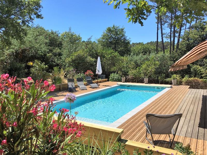 Villa piscine chauffée foret des landes