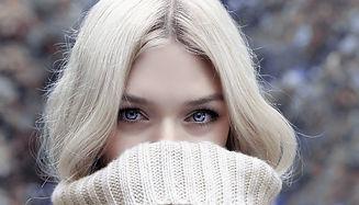 maquillage-permanent-sourcils_rouge-poud