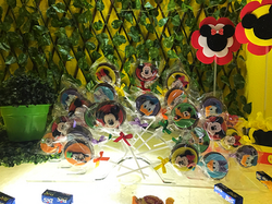 Pirulitos de Chocolate - Turma do Mickey