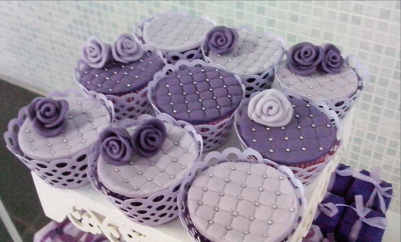Cupcakes Flores Lilás