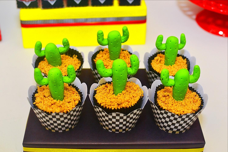 Cupcakes 3D - Cactos - Carros