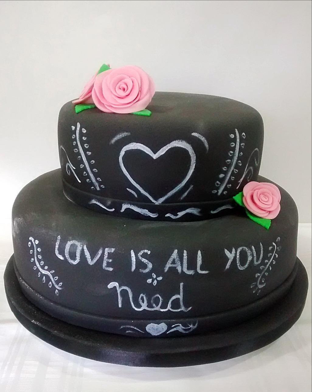 Bolo Quadro Negro - Chalkboard Cake