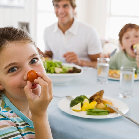 10 tips to getting your child to eat healthier