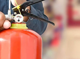 fire-extinguisher-servicing%202_edited.j