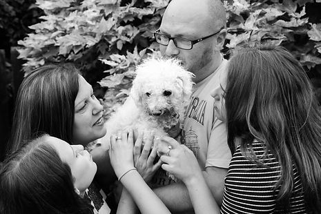 A family session at their home in Northamptonshire