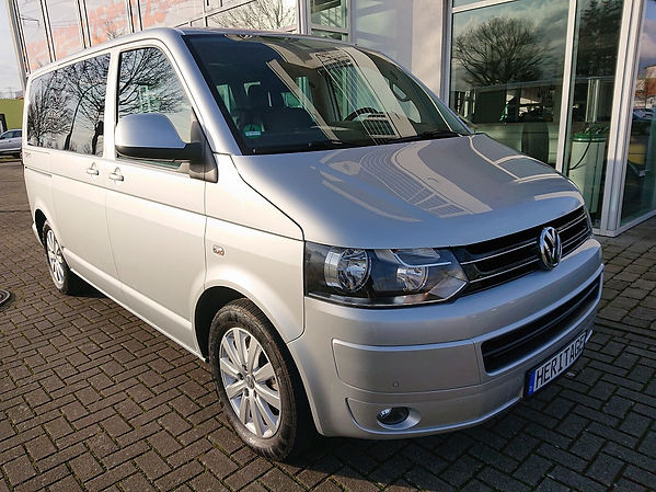 SN Heritage Automobile VW T5 Multivan (1