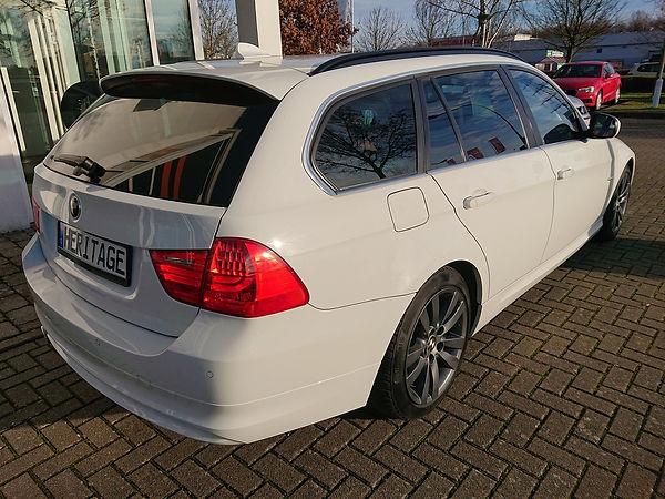 SN Heritaeg Automobile BMW320d kombi  (3