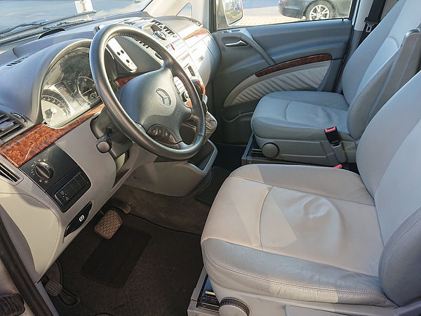 SN Heritage Automobile MB Viano (2).jpg