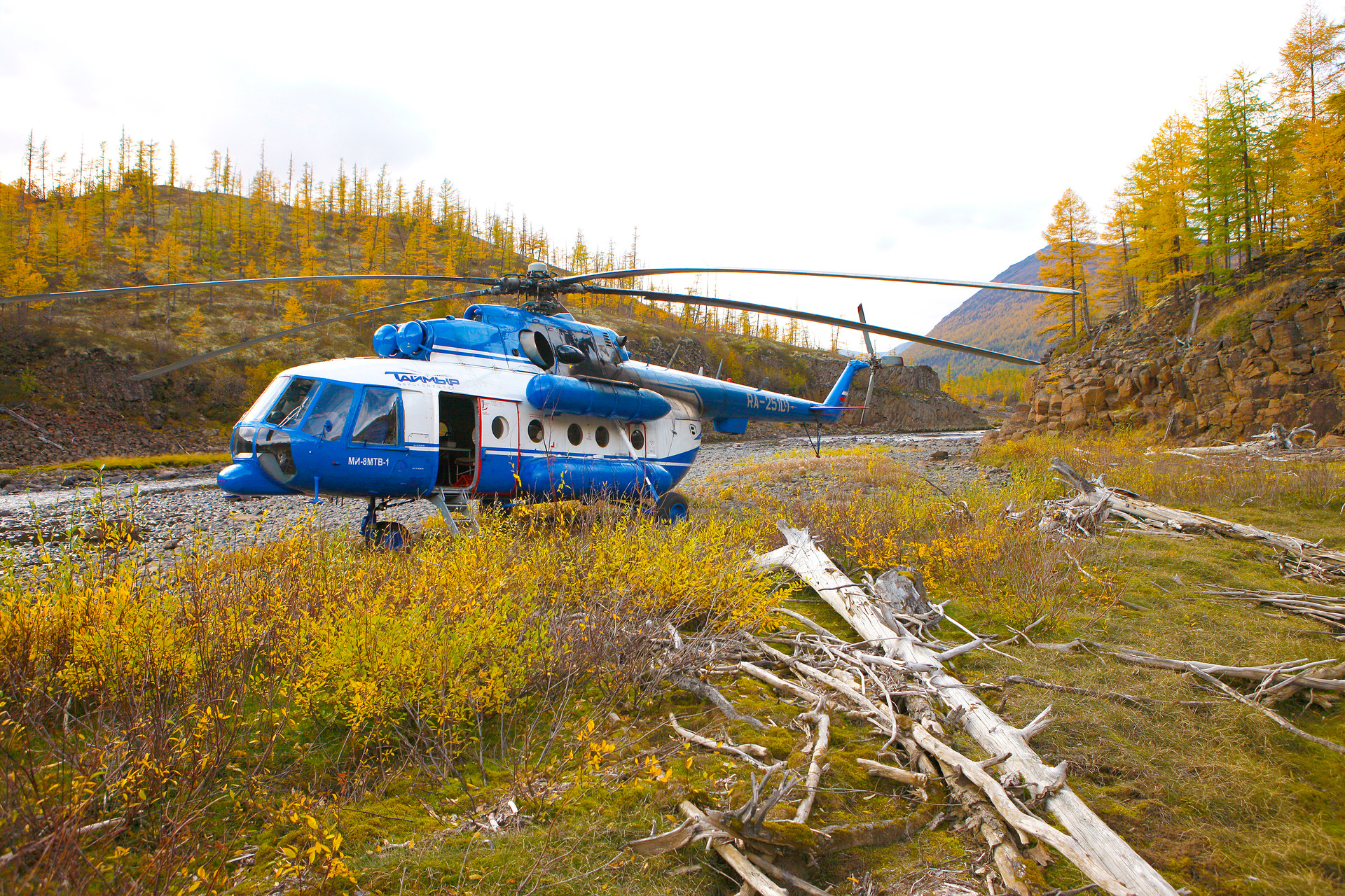 Вертолеты на Плато Путорана