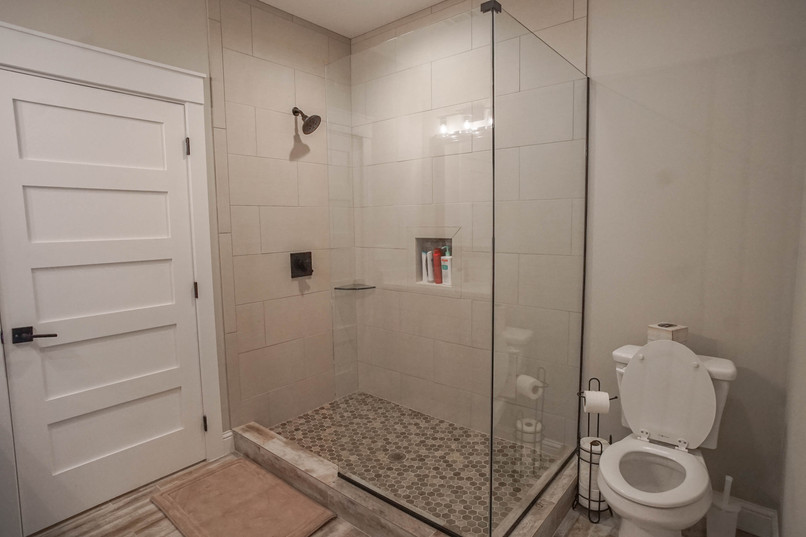 BATHROOM3.2.jpg