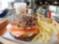 カフェ サンドイッチ タオ島グルメ レストラン バンズダイビングコタオ