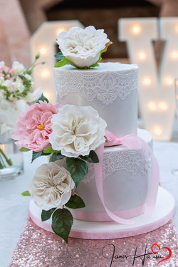 Lace and David Austin Sugar Roses