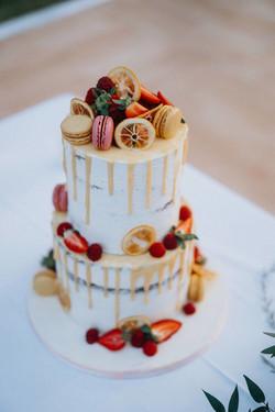 Semi Naked Drip Cake