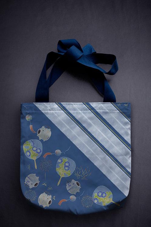 '蚊遣豚' canvas bag