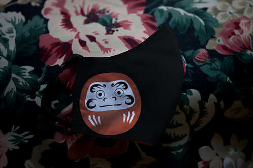 Face mask 'daruma'