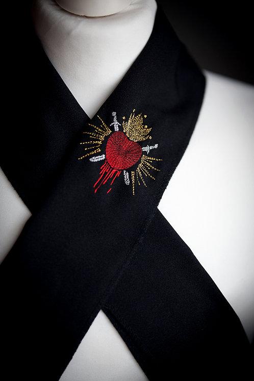 Embroidered haneri 'bleeding heart'